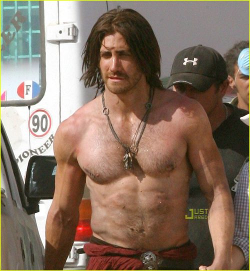 jake-gyllenhaal-shirtless-prince-of-persia-02